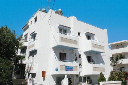 Kiki And Spiros Apartments